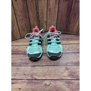 Adidas Women's Athletic Terrex  Shoes Size 4 👣